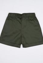 Rebel Republic - Twill Shorts Khaki Green
