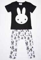 POP CANDY - Printed 2 Piece Set Black and White