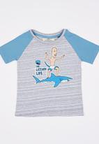 Lizzard - Printed Shark Tee Multi-colour