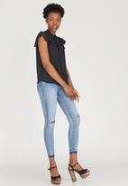 c(inch) - Kitty Bow Blouse Black