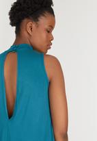 c(inch) - Open Back Top Green