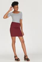 c(inch) - Basic Mini Skirt Dark Red