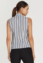 edit - Sleeveless Frill Shirt Blue and White