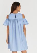 c(inch) - Cold Shoulder Dress Pale Blue