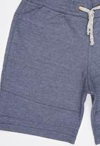 Rebel Republic - Shorts with front cutlines Blue