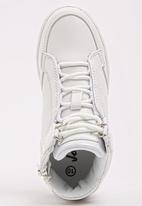 Jordan - Axcel  Sneaker White