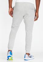 Nike - Club jogger BB - grey