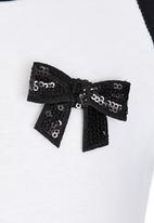 See-Saw - Raglan Sleeve Tee Black