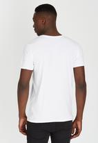 GUESS - Short Sleeve T-shirt White