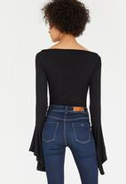 STYLE REPUBLIC - Bell Sleeve Bodysuit Black
