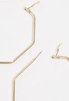 All Heart - Hexagonal Hoop Earrings Gold