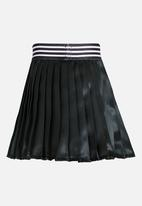 See-Saw - Pleated Skirt Black