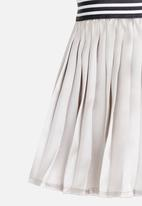 See-Saw - Pleated Skirt Silver