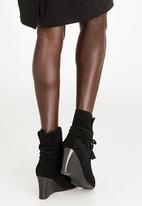 Julz - Leather Tassel Ties Wedges Ankle Boots Black