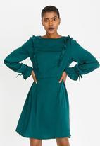 Revenge - Satin-Like Long Sleeve Dress Green