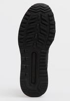 New Balance  - New Balance Classic Sneakers Black