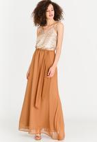 Marique Yssel - V-neck Strappy Sequin Dress Gold