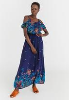 d466c961eec Patterned Off-shoulder Maxi Dress Navy Revenge Casual