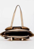BLACKCHERRY - Buckle Detail Tote Bag Beige