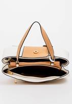 BLACKCHERRY - Flap Detail Shoulder Bag Beige