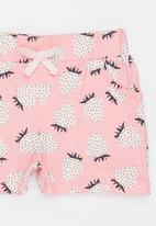POP CANDY - Strawberry Knit Shorts Mid Pink