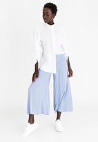 STYLE REPUBLIC - Wide Leg Culottes Mid Blue