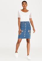 cath.nic - Embroidered Denim Skirt Blue