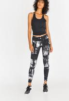 Reebok - Reebok Lux  Geocast Leggings Black and White