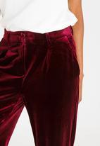 Vero Moda - Magnes Velveteen Pants Burgundy