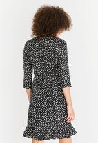 Vero Moda - Henna dot dress - black & white