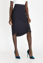 STYLE REPUBLIC - Dip Hem Striped Fitted Skirt Navy