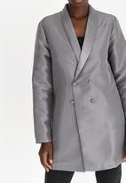 STYLE REPUBLIC - Oversized Blazer Silver