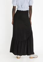 STYLE REPUBLIC - Frill Maxi Skirt Black