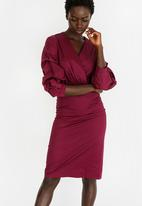 STYLE REPUBLIC - Ruched Sleeve Wrap Dress Burgundy