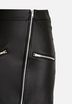 Rebel Republic - PU skirt - black