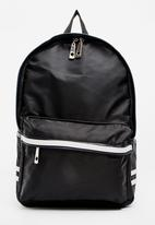 STYLE REPUBLIC - Plain Backpack Black