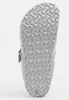 Birkenstock - Gizeh Sandal - Silver