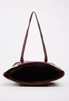 BLACKCHERRY - Shoulder Bag Burgundy