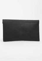 BLACKCHERRY - Clutch Bag with Metallic Detail Black