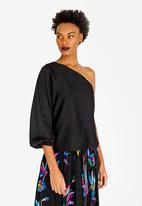 RUFF TUNG - One Shoulder Satin-like Top Black