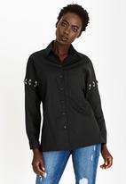 STYLE REPUBLIC - Pierced Sleeve Shirt Black