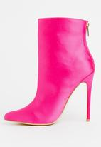 Madison® - Winsley Sock Boots Magenta