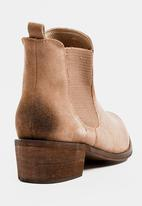 Dolce Vita - Suede Laredo Pointy Embellished Ankle Boots Taupe