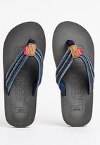 Levi's® - Levon 2 Flip Flop Navy