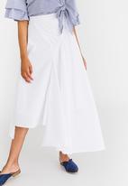 STYLE REPUBLIC - Asymmetrical Skirt White
