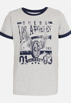 GUESS - Roll up Sleeve Tee Grey