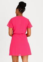 edit Maternity - Flutter Sleeve Dress Magenta