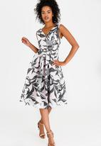 Closet London - Floral Pleated Dress Multi-colour