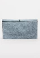 BLACKCHERRY - Minimal Clutch Bag Blue