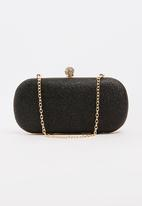 BLACKCHERRY - Shimmer Clutch Bag Black